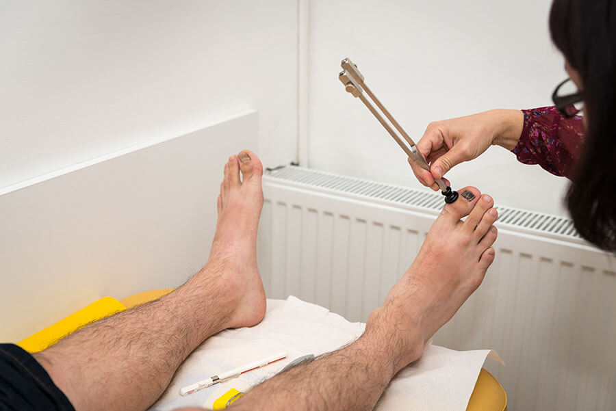 examinare picioare neuropatie diabetica